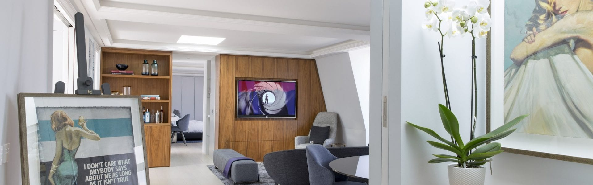 Inside a £3.95 Million Penthouse Designed by Maurizio Pellizzoni