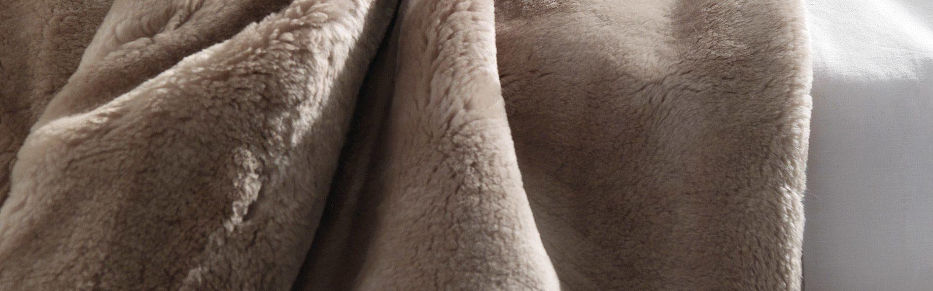 Shearling Bedswear