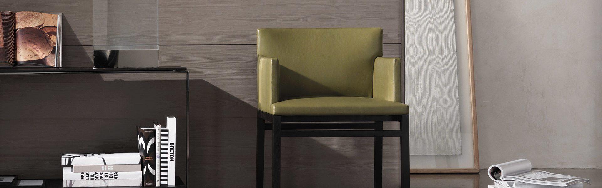 Flynt Chair