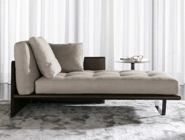 Luggage Chaise-Longue
