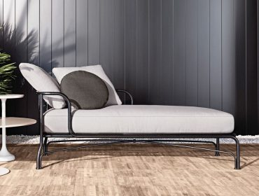 Le Parc Chaise Longue Outdoor